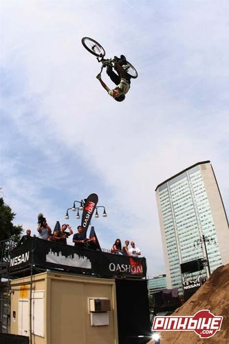 LluisBig Flip in Milano, IT