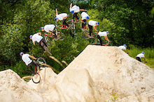 Signatures: White lime dirt session