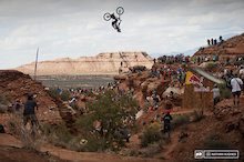 Video: Kelly McGarry's Second Place Run From Rampage