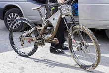 Spotted: Prototype Lapierre DH Bike
