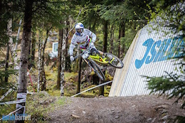 Video: Rose Bikes British Downhill Series Round 2 - Fort William