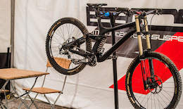 Rocky's Prototype Carbon DH Bike - World Cup DH, Leogang
