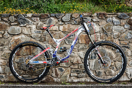 "Bike Check: Bruni's Shiny Surprise, Bergamont's 26"" Wheeled Prototype - DH World Championships Vallnord 2015"