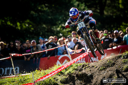 Team Videos: DH World Championships 2015 Vallnord