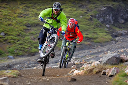 Iceland Traverse: Hans Rey And Steve Peat - Video