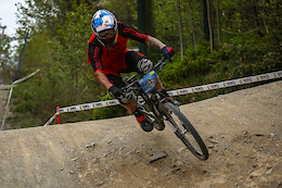 Winterberg 4X Pro Tour: Qualifying and Track Preview - Video