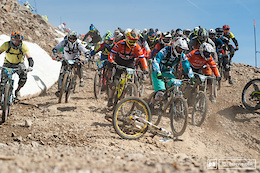How to Pass 216 Racers at the Megavalanche - Video