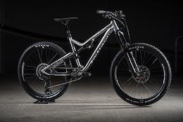 Commencal's Monster Trail Bike: Meta AM V4-2