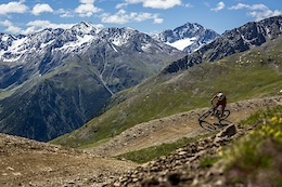 One Town, One Card, Two Mountains and 3,200km of Trails