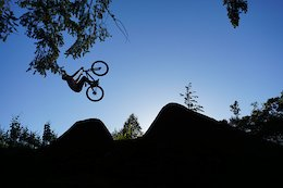 Red Dirt Republic: Freewheelin' with Andrew Taylor - Video