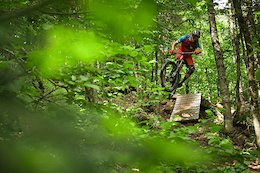 Pivot-Reynolds Enduro: Borderlines - Video