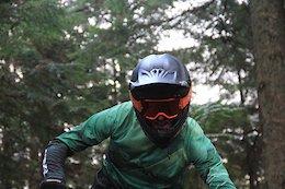 Yoann Barelli Speeds Up the Whistler Bike Park - Video