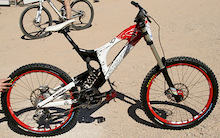 Interbike 2008 - Santa Cruz V10, Nomad and Jackal - The Lost Interbike Files!