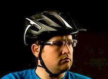 To Encourage Biking, Cities Lose the Helmets