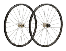Easton Unveils Carbon All-Mountain Wheelset