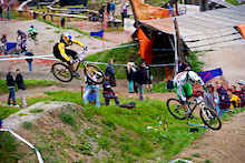 Leogang World Cup 2011 - Graves and Labounkova qualify fastest in 4X