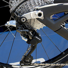 Key Bike Makers Discuss Shimano's New Direct-Mount Rear Derailleur Option - Video