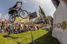 Trick Phenomenon Danny MacAskill Rocks BIKE Festival Riva