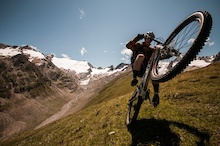 Video: Obeying Gravity II - An Adventure In The Alps