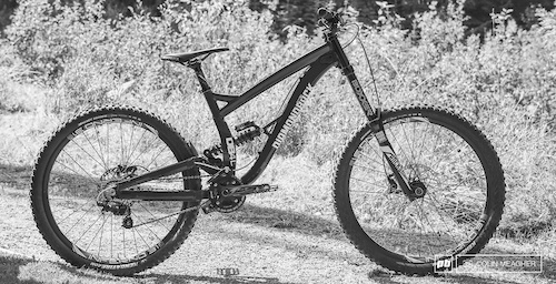 First Look: Diamondback\'s Affordable Downhiller - the 2015 DB8 ...