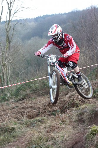 Si Paton 6th again onboard his Mountain Cycle Shockwave