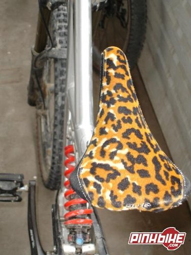 Heads Turn When These Sdg Saddles Go By Pinkbike